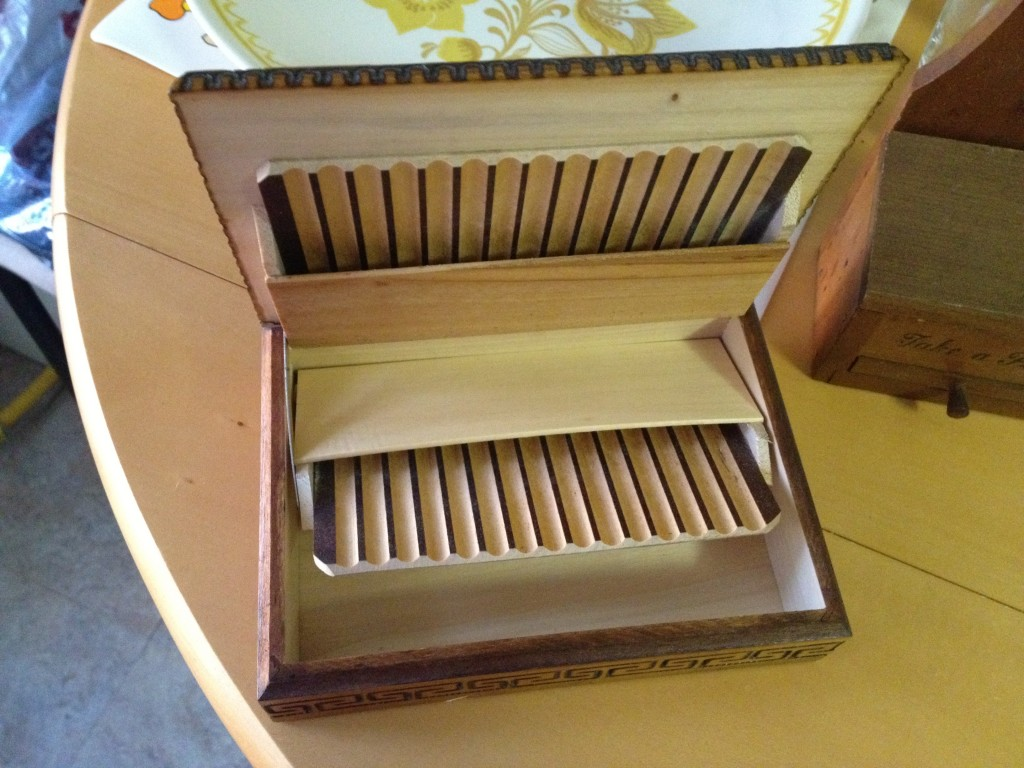 Voila! Vintage cigarette box! $1.79.